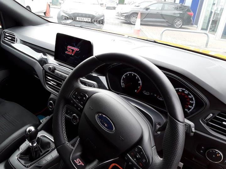 Ford Focus 2.3t Ecoboost St Hatchback 5dr Petrol Manual (s/s) (280 Ps) | CA69PKJ | Photo 3