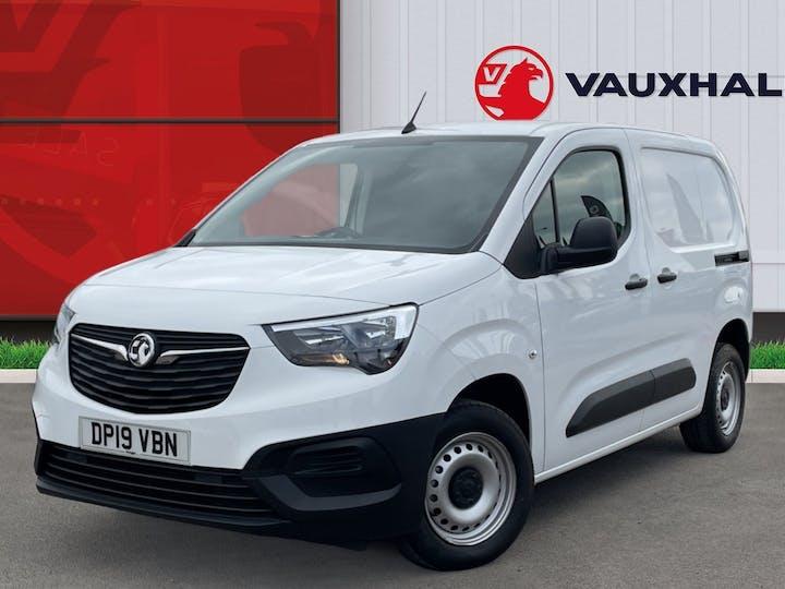 Vauxhall Combo L1 Diesel Combo Cargo 2000 1.6 Turbo D 7 5PS H1 Edition Van | DP19VBN | Photo 3