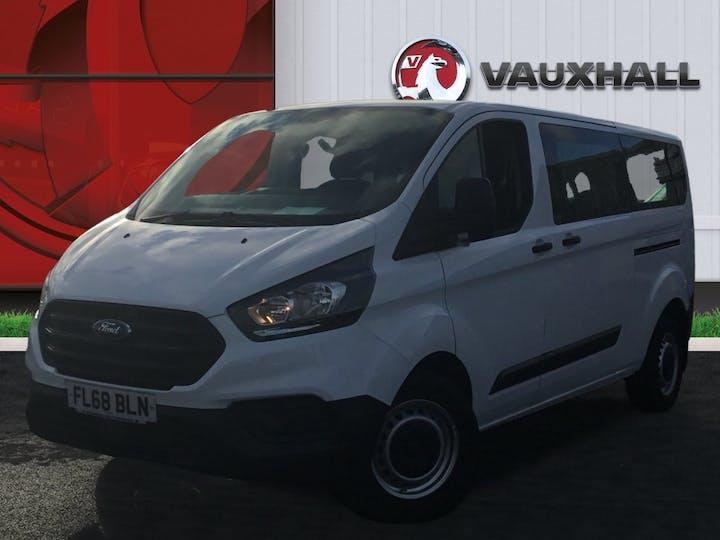 Ford Transit Custom 2.0 320 Ecoblue Kombi 5dr Diesel Manual L2 H1 Eu6 (s/s) (9 Seat) (130 Ps) | FL68BLN | Photo 3