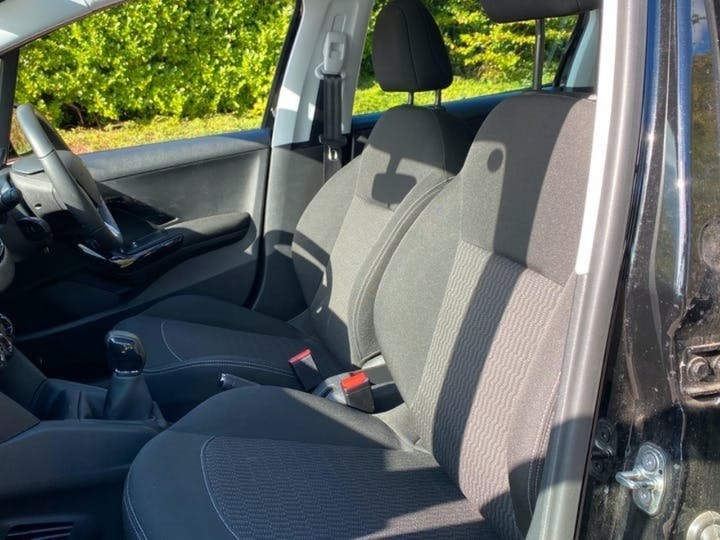 Peugeot 208 1.2 Puretech Active Hatchback 5dr Petrol (82 Ps) | FX67YDN | Photo 3
