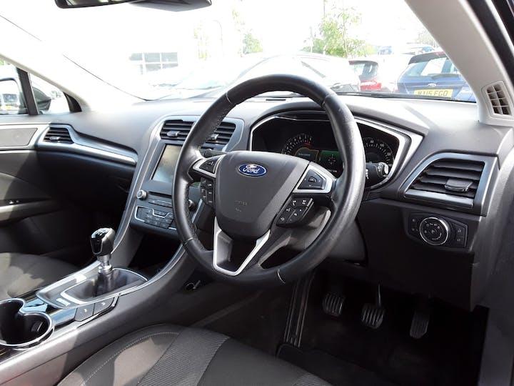 Ford Mondeo 1.5t Ecoboost Titanium Hatchback 5dr Petrol (s/s) (160 Ps) | GM15LGL | Photo 3