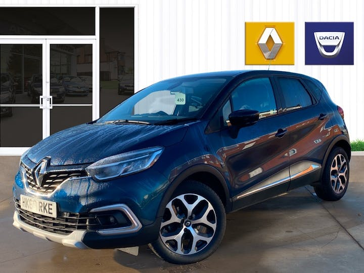 Renault Captur 1.3 Tce 130PS GT Line 5dr | HK69RKE | Photo 3