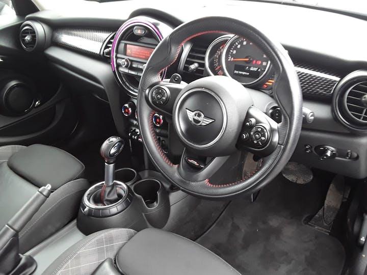MINI Hatch 2.0 Cooper S Hatchback 5dr Petrol Auto (s/s) (192 Ps) | LA17GUH | Photo 3