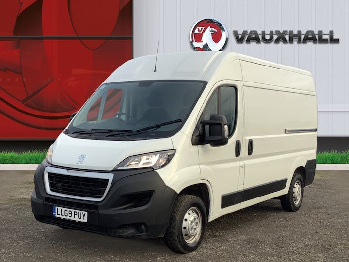 Peugeot Boxer 2.2 Bluehdi 335 Professional Panel Van 5dr Diesel Manual L2 H2 Eu6 (s/s) (140 Ps) | LL69PUY | Photo 3