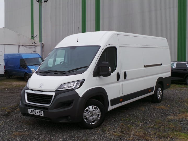 Peugeot Boxer 2.0 Bluehdi 435 Professional Panel Van 5dr Diesel Manual L4 H2 Eu6 (130 Ps) | LR68RZD | Photo 3