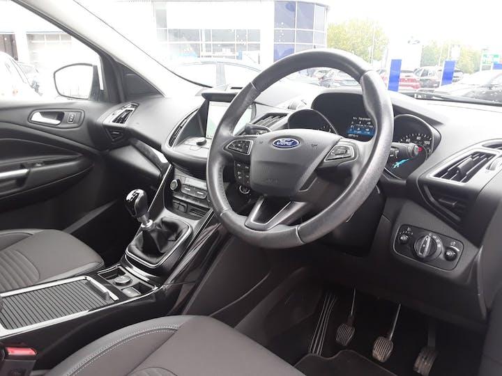 Ford Kuga 1.5 TDCi Titanium 5dr 2wd | MA18MBX | Photo 3