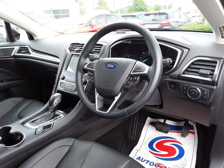 Ford Mondeo 2.0 Tivct Titanium Edition Estate 5dr Petrol Hybrid Cvt (s/s) (17 Inch Alloys) (187 Ps)   MF69TWK   Photo 3