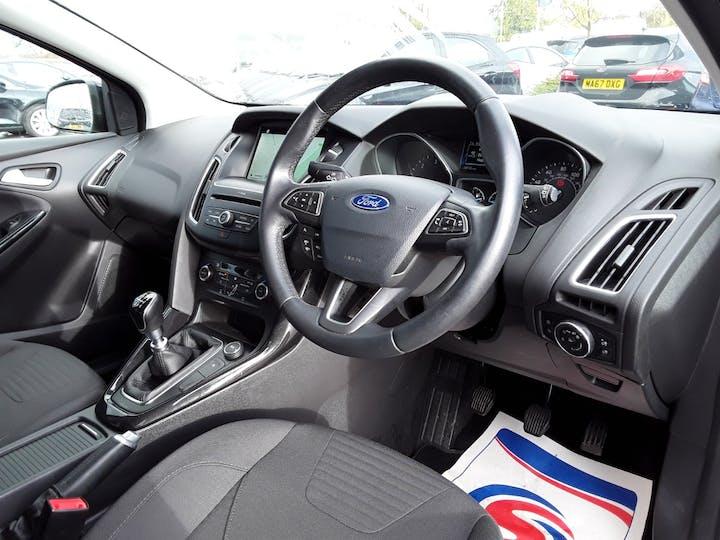 Ford Focus 1.5 TDCi Titanium Hatchback 5dr Diesel (s/s) (120 Ps) | ML67HZX | Photo 3