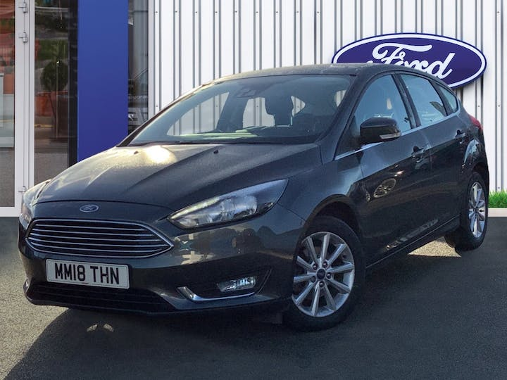 Ford Focus 1.0t Ecoboost Titanium Hatchback 5dr Petrol (s/s) (125 Ps) | MM18THN | Photo 3
