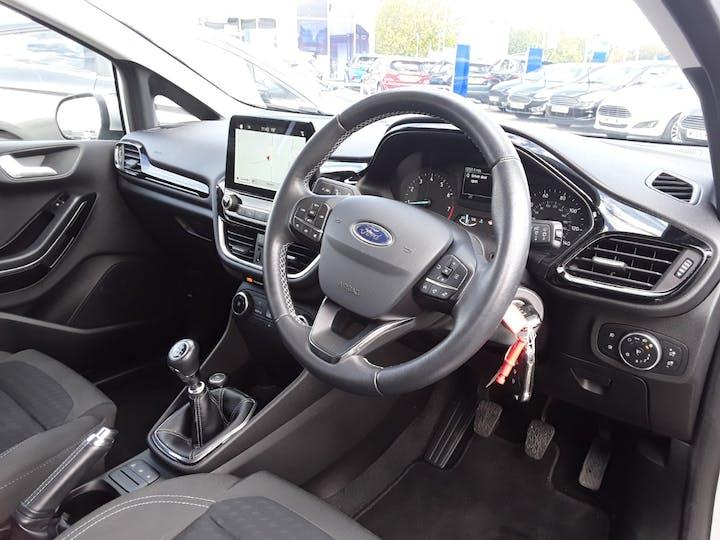 Ford Fiesta 1.0t Ecoboost Zetec Hatchback 5dr Petrol Manual (s/s) (100 Ps) | MM67VKN | Photo 3