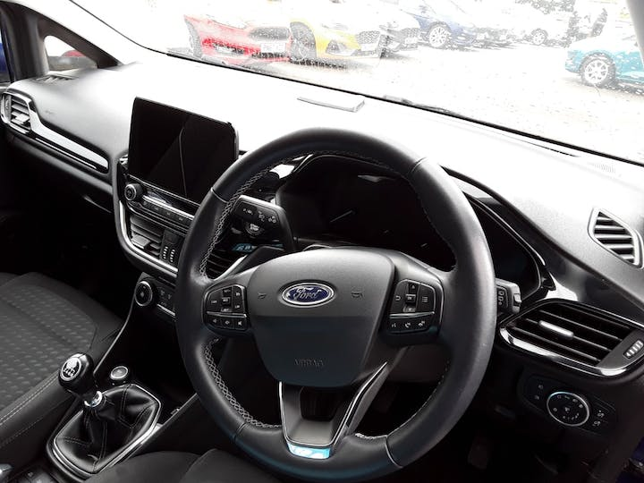 Ford Fiesta 1.0t Ecoboost Titanium Hatchback 5dr Petrol Manual (s/s) (100 Ps) | MT18YTH | Photo 3