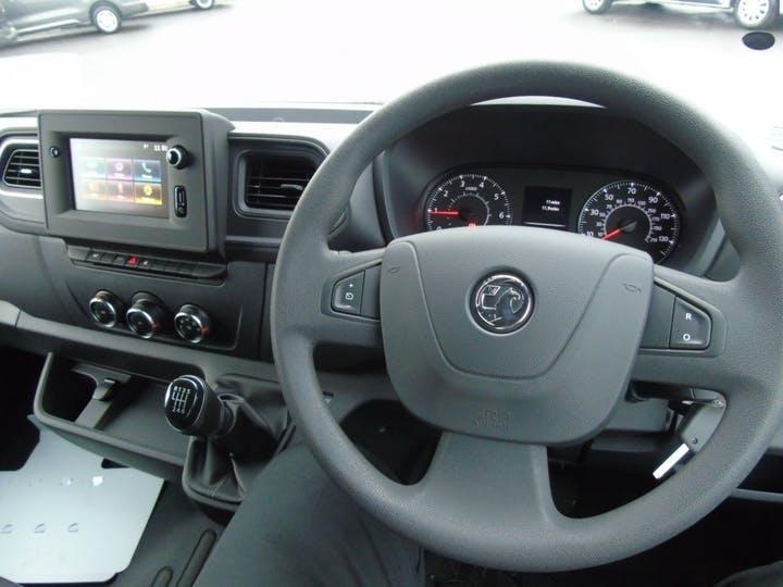 Vauxhall Movano 2.3 CDTi 3500 Biturbo Edition Panel Van 5dr Diesel Manual FWD L3 H2 Eu6 (135 Ps)   MT70YVA   Photo 3
