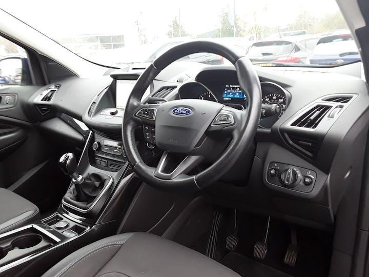 Ford Kuga 2.0 TDCi Titanium SUV 5dr Diesel Manual (s/s) (150 Ps) | MW18FVP | Photo 3