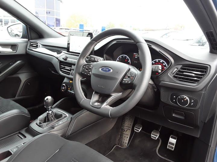 Ford Focus 2.3t Ecoboost St Hatchback 5dr Petrol Manual (s/s) (280 Ps) | PJ69MUU | Photo 3