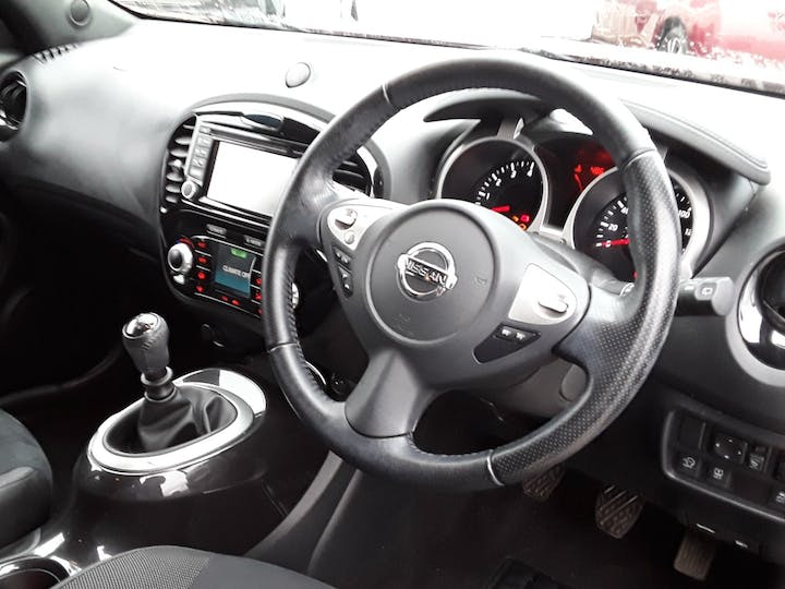 Nissan Juke 1.2 Dig T N Connecta SUV 5dr Petrol (s/s) (115 Ps) | YM16CUJ | Photo 3