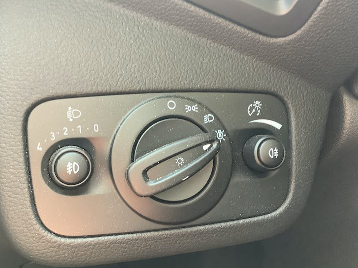 Ford Kuga 1.5 TDCi St Line SUV 5dr Diesel Manual (s/s) (120 Ps) | MV19AAY | Photo 31