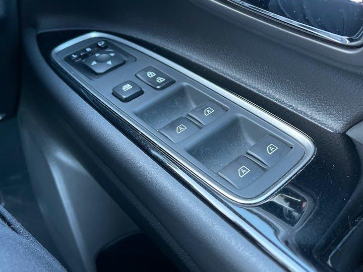 Mitsubishi Outlander 2.4h Twinmotor 13.8kwh 4h SUV 5dr Petrol Plug In Hybrid Cvt 4wd (s/s) (209 Ps) | YH19JRL | Photo 31