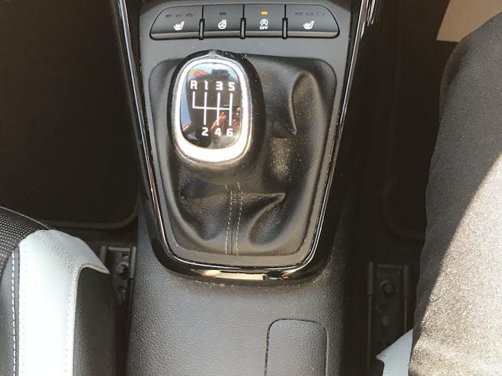 Kia Stonic 1.0 T Gdi First Edition SUV 5dr Petrol (s/s) (118 Bhp)   AP18EWG   Photo 32