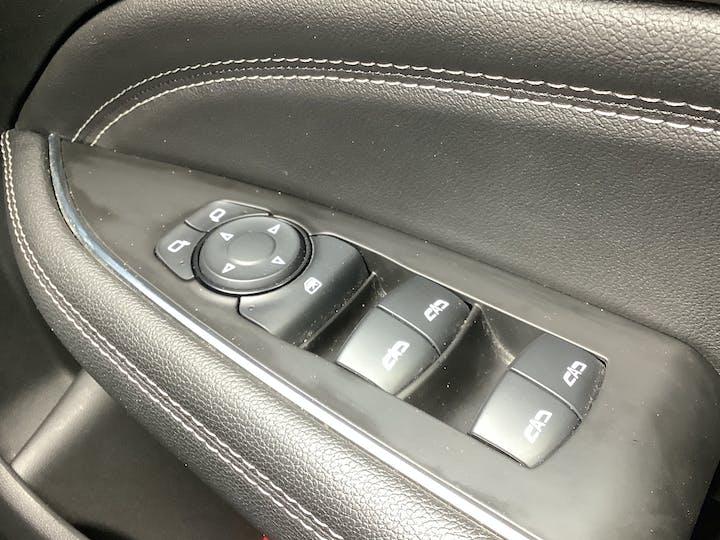 Vauxhall Insignia 1.6 Turbo D Ecotec Elite Nav Sports Tourer 5dr Diesel (s/s) (136 Ps)   VA18DLZ   Photo 33