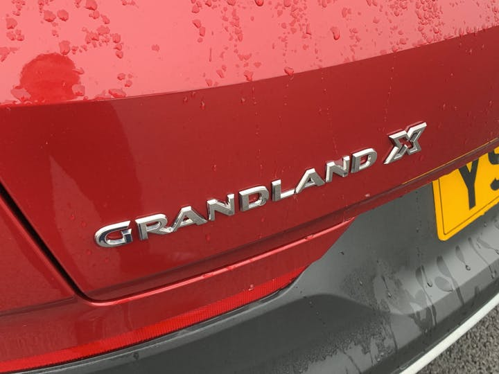 Vauxhall Grandland X 1.5 Turbo D Griffin SUV 5dr Diesel Manual (s/s) (130 Ps) | YS70NHC | Photo 34