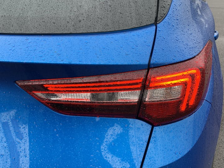 Vauxhall Grandland X 1.5 Turbo D SE Premium SUV 5dr Diesel Manual (s/s) (130 Ps) | YS70NUX | Photo 36