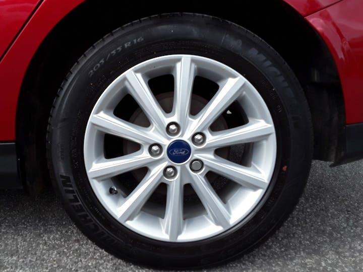 Ford Focus 1.5 TDCi 120PS Titanium 5dr | BC66EWV | Photo 4