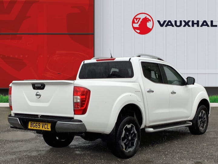 Nissan Navara 2.3 DCi Tekna Double Cab Pickup 4dr Diesel Manual 4wd (s/s) (sunroof) (190 Ps) | BG69VCL | Photo 4