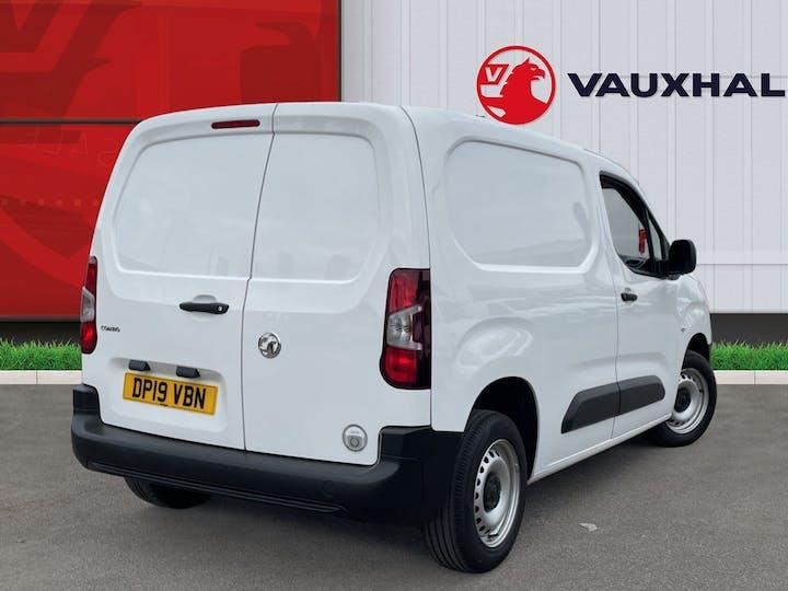 Vauxhall Combo L1 Diesel Combo Cargo 2000 1.6 Turbo D 7 5PS H1 Edition Van | DP19VBN | Photo 4