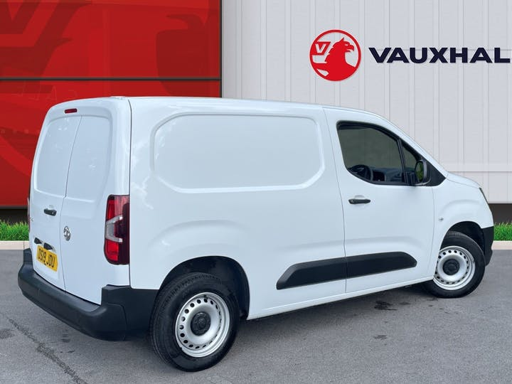 Vauxhall Combo 2000 1.6 Turbo D 1 00PS H1 Edition Van | DS19JDU | Photo 4
