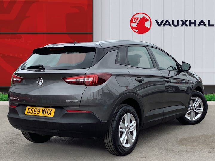 Vauxhall Grandland X 1.5 Turbo D Blueinjection SE SUV 5dr Diesel Manual (s/s) (130 Ps)   DS69WHX   Photo 4