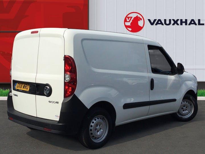 Vauxhall Combo 1.3 CDTi 2000 Ecoflex Panel Van 3dr Diesel Manual SWB (s/s) (120 G/km, 94 Bhp) | DX18WRO | Photo 4