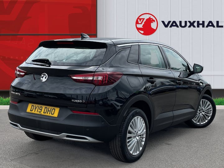 Vauxhall Grandland X 1.5 Turbo D Blueinjection Sport Nav SUV 5dr Diesel Manual (s/s) (130 Ps) | DY19DHO | Photo 4
