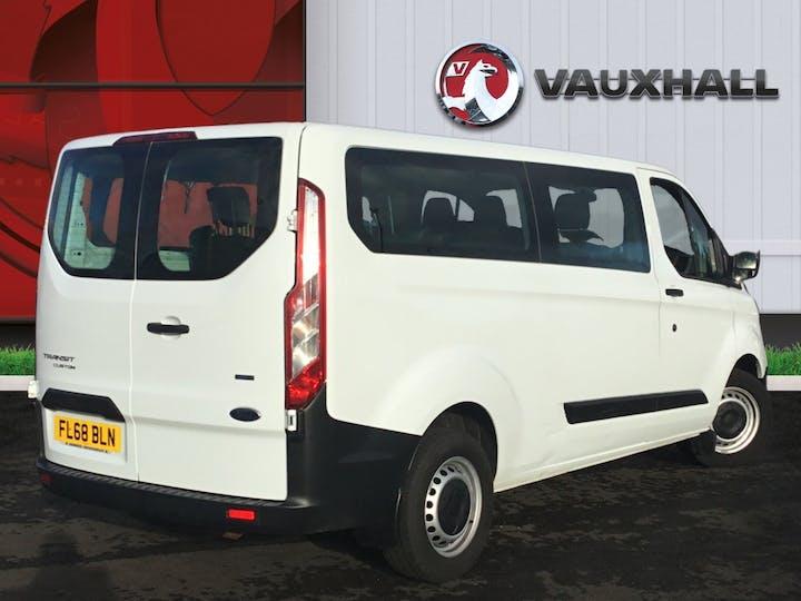 Ford Transit Custom 2.0 320 Ecoblue Kombi 5dr Diesel Manual L2 H1 Eu6 (s/s) (9 Seat) (130 Ps) | FL68BLN | Photo 4
