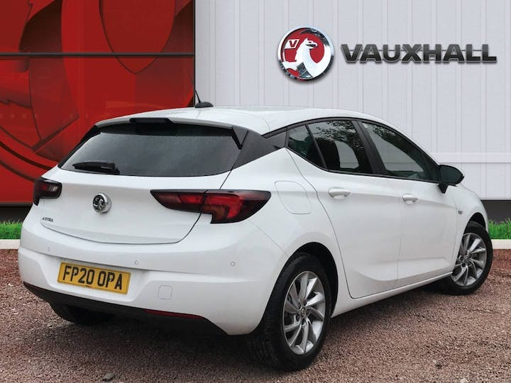 Vauxhall Astra 1.5 Turbo D Business Edition Nav Hatchback 5dr Diesel Manual (s/s) (122 Ps)   FP20OPA   Photo 4