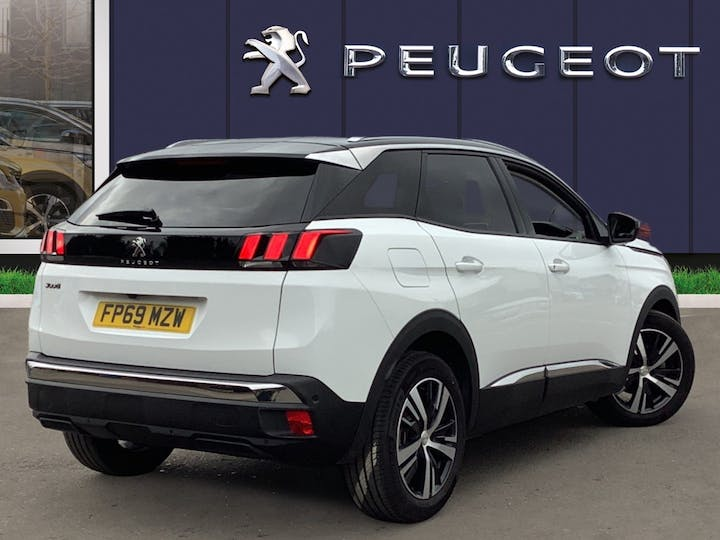 Peugeot 3008 1.5 Bluehdi Allure SUV 5dr Diesel (s/s) (130 Ps) | FP69MZW | Photo 4