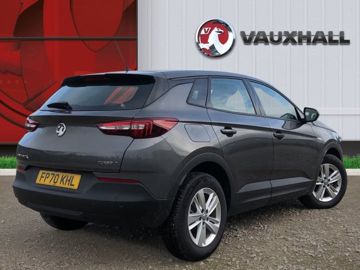 Vauxhall Grandland X 1.5 Turbo D Blueinjection SE SUV 5dr Diesel Auto (s/s) (130 Ps) | FP70KHL | Photo 4