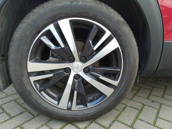 Peugeot 3008 1.2 Puretech Allure SUV 5dr Petrol (s/s) (130 Ps) | FY67GWE | Photo 4