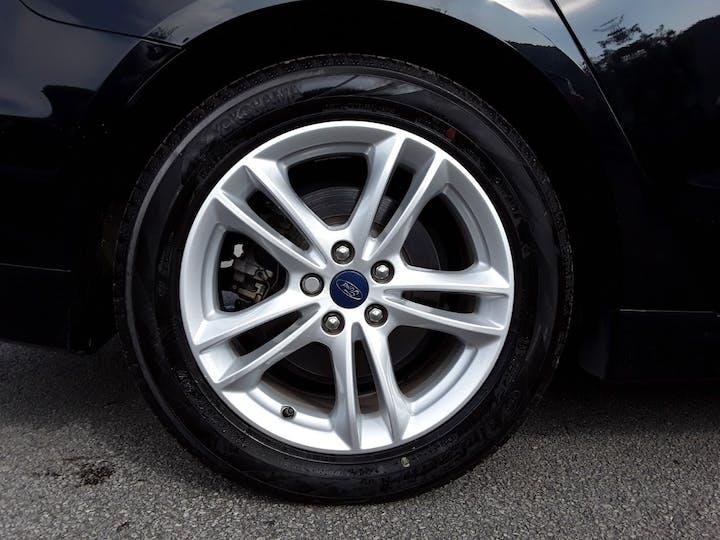 Ford Mondeo 1.5t Ecoboost Titanium Hatchback 5dr Petrol (s/s) (160 Ps) | GM15LGL | Photo 4
