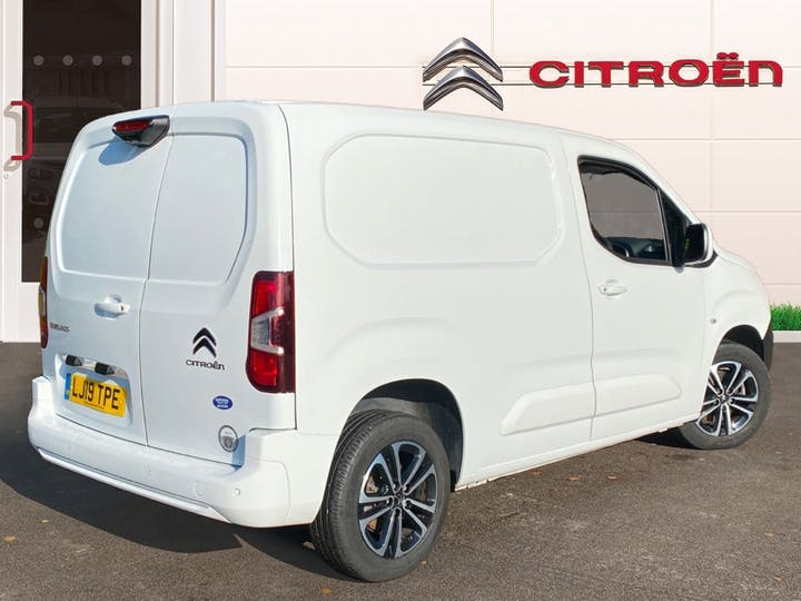 Citroen Berlingo 1.6 Bluehdi 1000 Driver M Panel Van 5dr Diesel Manual SWB Eu6 (s/s) (100 Ps) | LJ19TPE | Photo 4