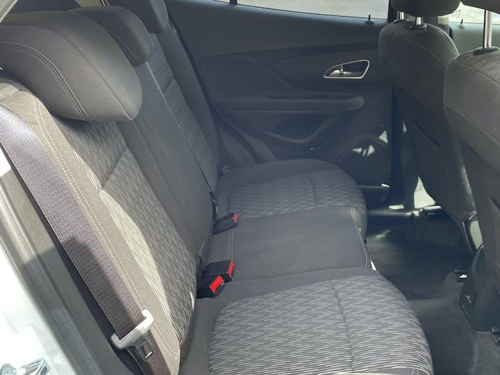 Vauxhall Mokka 1.7 CDTi Ecoflex 16V Exclusiv Hatchback 5dr Diesel Manual FWD (s/s) (120 G/km, 128 Bhp) | LR64OMJ | Photo 4
