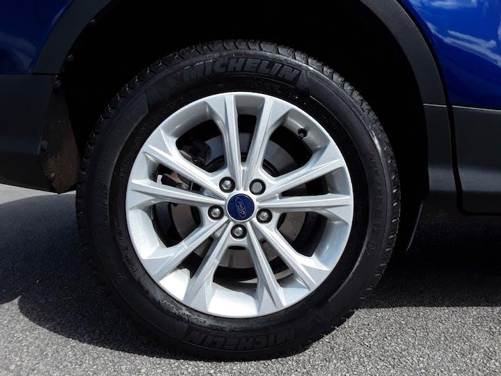 Ford Kuga 1.5 TDCi Titanium SUV 5dr Diesel Manual (s/s) (120 Ps)   MD17AHU   Photo 4