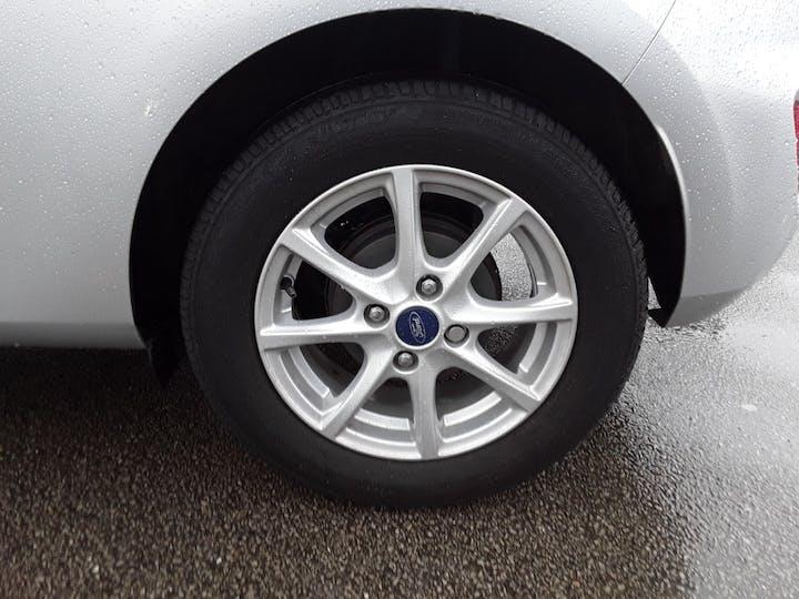Ford Fiesta 1.0t Ecoboost Gpf Zetec Hatchback 3dr Petrol Manual (s/s) (100 Ps)   MF68OXA   Photo 4