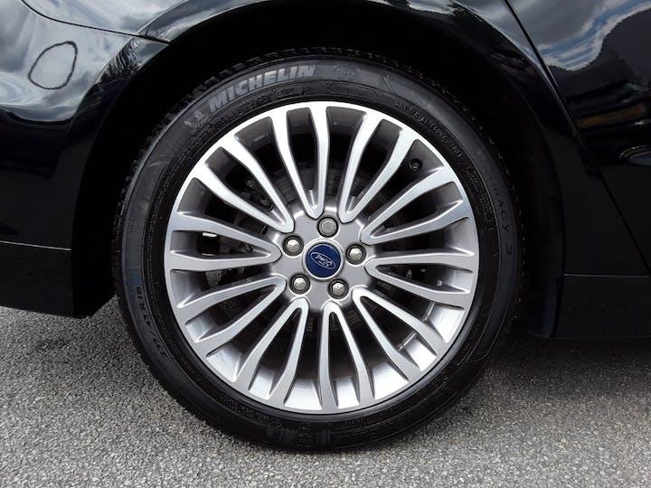 Ford Mondeo 2.0 Tivct Titanium Edition Estate 5dr Petrol Hybrid Cvt (s/s) (17 Inch Alloys) (187 Ps)   MF69TWK   Photo 4