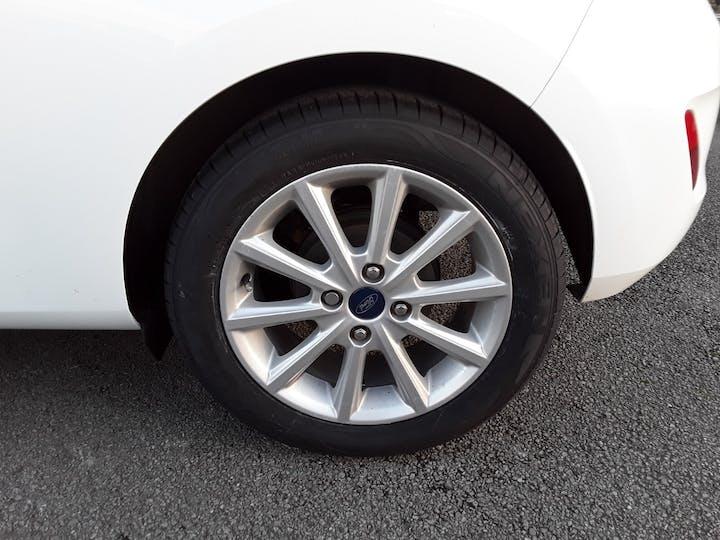 Ford Fiesta 1.0t Ecoboost Titanium Hatchback 3dr Petrol Manual (s/s) (100 Ps)   MJ18BNZ   Photo 4
