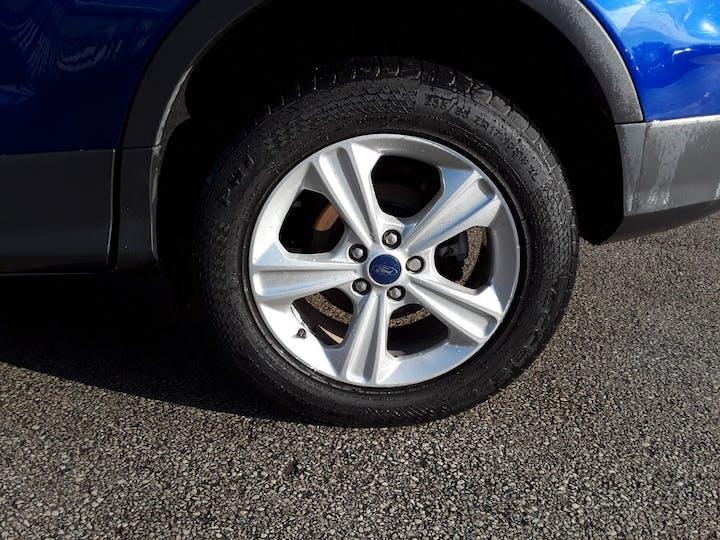 Ford Kuga 2.0 TDCi Zetec SUV 5dr Diesel Manual (139 G/km, 138 Bhp) | ML64DCO | Photo 4