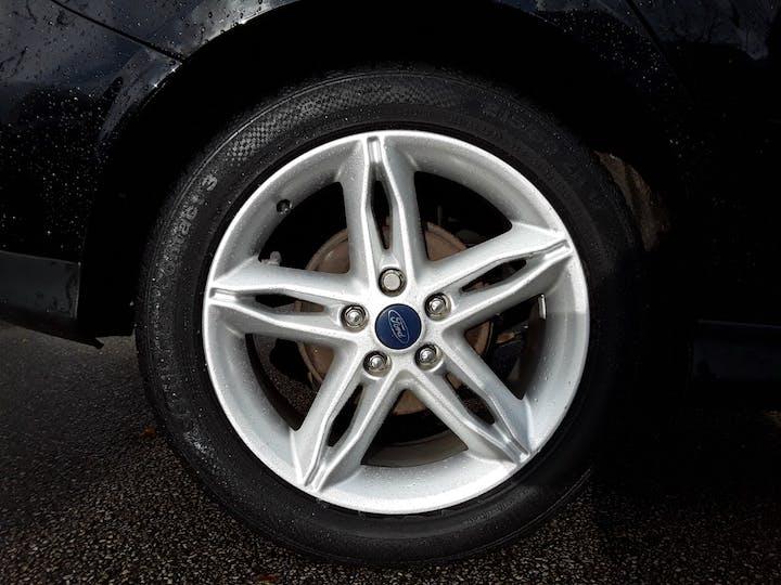 Ford Focus 1.5 TDCi Titanium Hatchback 5dr Diesel (s/s) (120 Ps) | ML67HZX | Photo 4