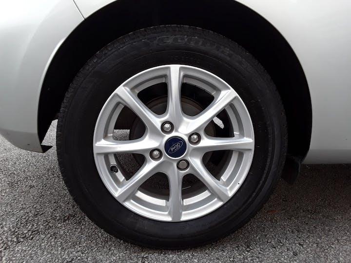 Ford Fiesta 1.1 Ti Vct Zetec Hatchback 3dr Petrol Manual (s/s) (85 Ps) | MT18BNX | Photo 4
