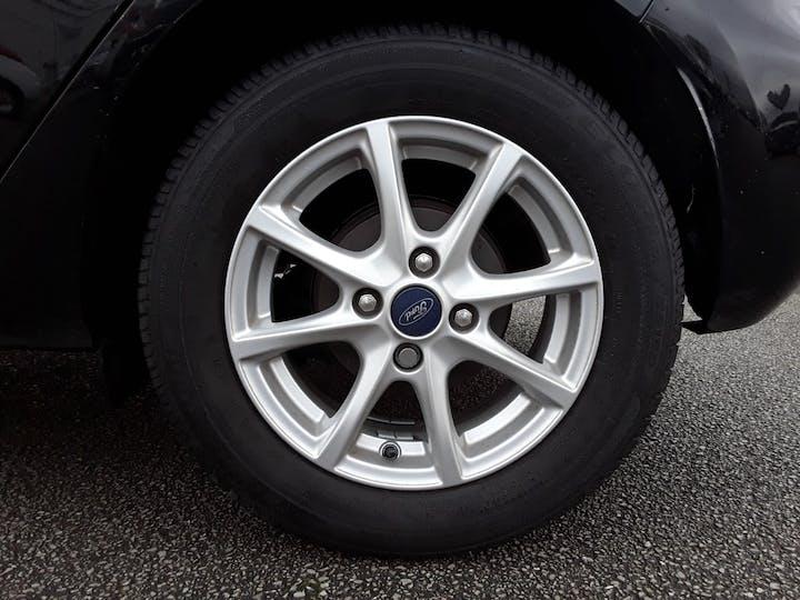 Ford Fiesta 1.1 Ti Vct Zetec Hatchback 5dr Petrol Manual (s/s) (85 Ps) | MT18CNN | Photo 4