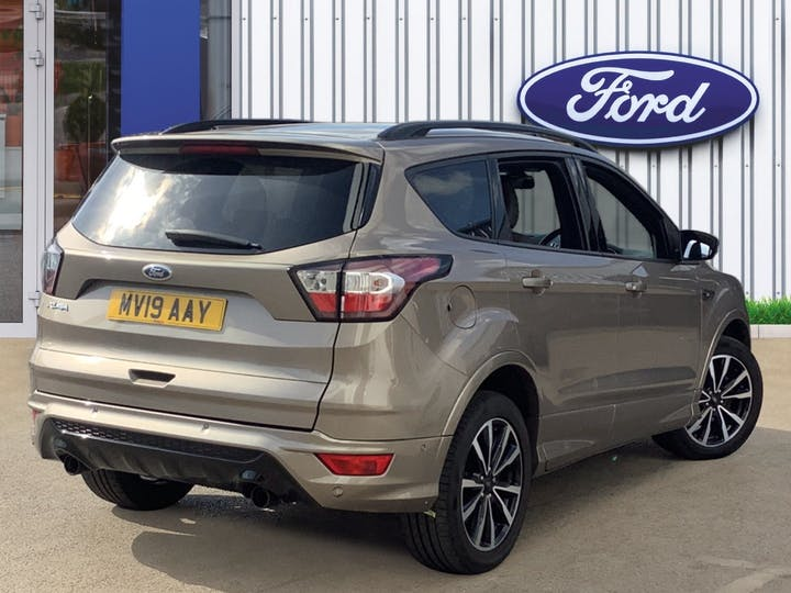 Ford Kuga 1.5 TDCi St Line SUV 5dr Diesel Manual (s/s) (120 Ps) | MV19AAY | Photo 4