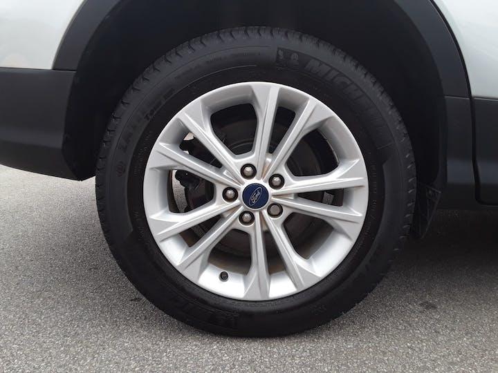 Ford Kuga 2.0 TDCi Titanium 5dr 2wd | MV67HDY | Photo 4
